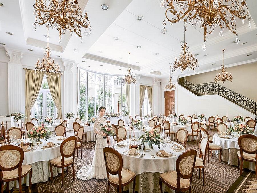 上質で華やかな貸切邸宅「ヴィラプリマヴェラ」は120名収容可能な大邸宅。