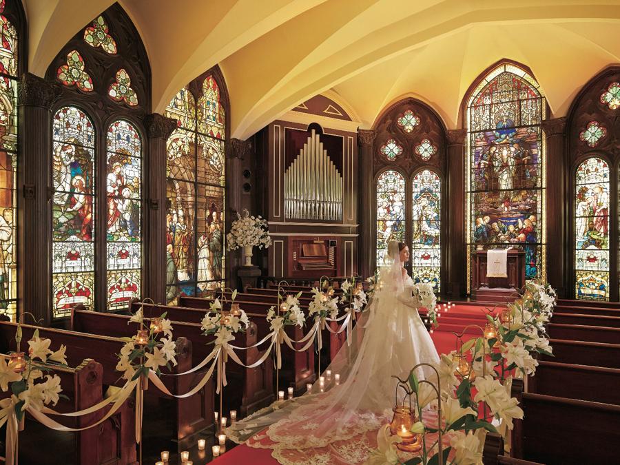 「美しい大聖堂での美しい結婚式」が、 大切な人へのおもてなしに