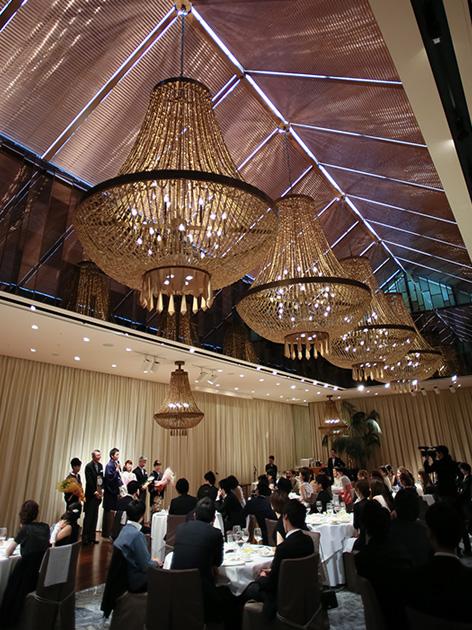 感動のもてなしと緻密な拘りが生み出す美食の数々、仏ミシュランも認めた、記憶に残る美味をゲストへ。