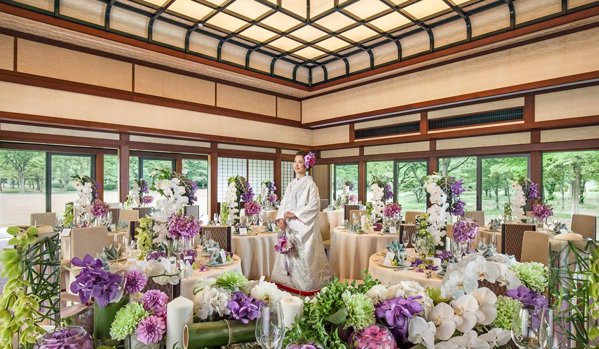 壮麗な大阪城の眺め、庭園の緑を背景に格式ある空間を貸し切って上質な寛ぎのパーティを