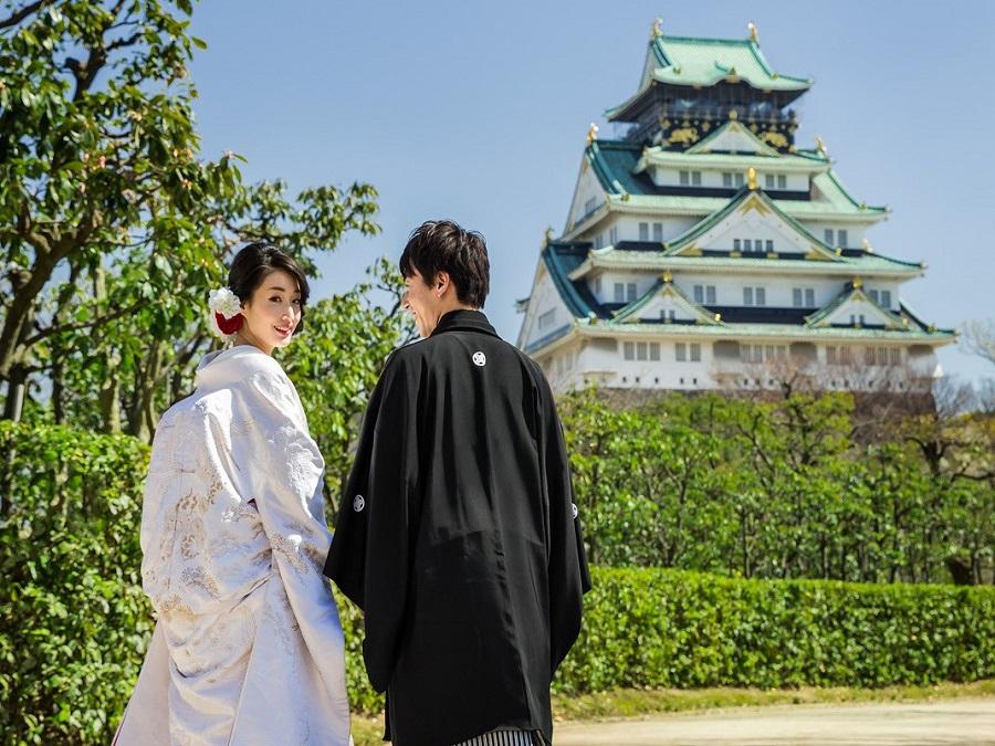大阪城を望む西の丸庭園・歴史の大舞台がふたりにとってのはじまりの場所に