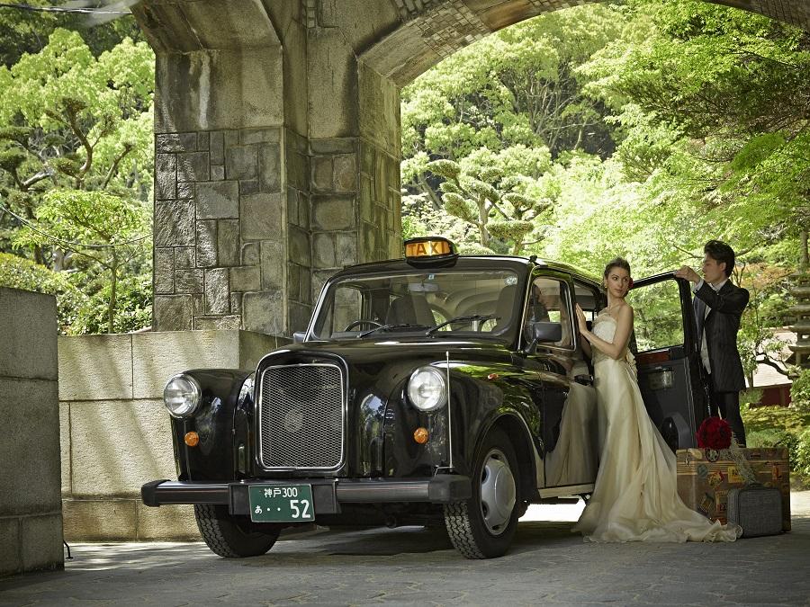 兵庫県指定の重要文化財にも指定される同館は世紀を超えて人々に愛され続けてきた上質な空間が広がる。