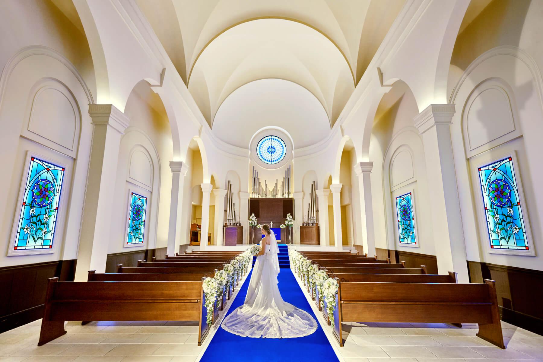 ベイエリアに佇む空と海の大聖堂