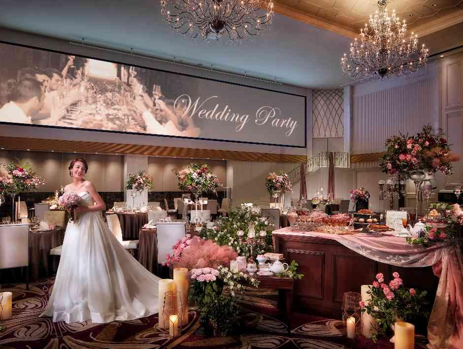 ロマンチックな階段入場も叶えられる憧れのパーティー会場