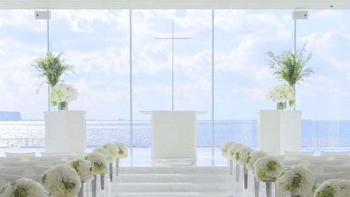 光り輝く神戸の海と絵画のような景色が彩る海の上の BON VOYAGE WEDDING
