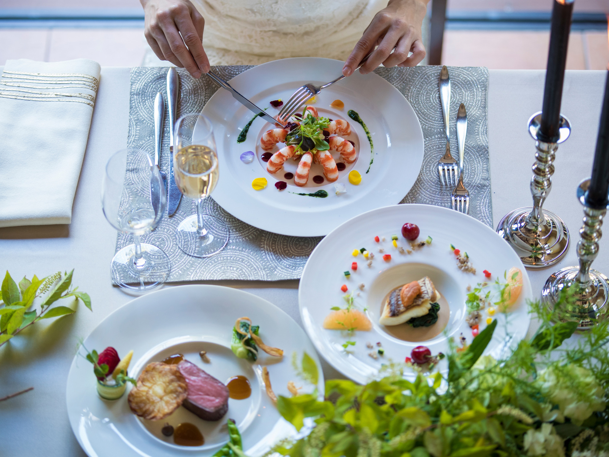 お皿の上も華やかに。五感で楽しむ料理が おふたりのハレの日を一段と鮮やかにしてくれる